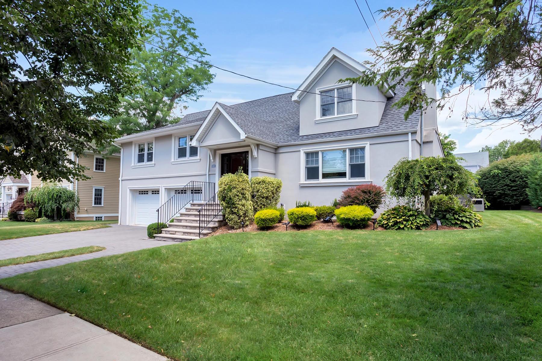 527 Grenville Avenue – Teaneck